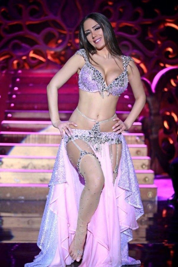 Hot Arab Girls Dancing