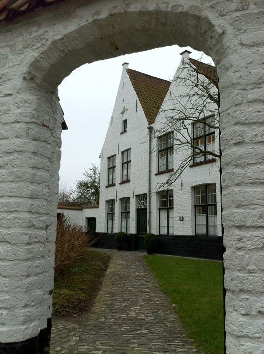 Begijnhof Ten Wijngaerde in Brugge, West-Vlaanderen