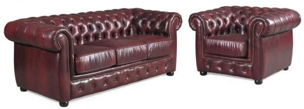 Lounge suite leather sofa - perfect for an old-fashioned living room ...