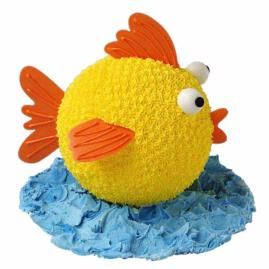 Having a pool party or seaside picnic? What could be more appropriate than this 3-D fish-shaped cake made using our Sports Ball pan. This colorful catch is one nobody will want to throw back!