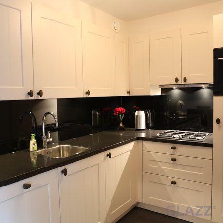 Keukenachterwand op maat Basic Zwart hoogglans