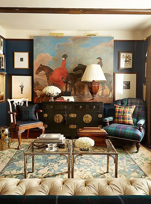 9 Celebrity Designers Spill Their Small But Mighty Decorating Tricks Traditional Design Living Room Decorating Rules Traditional Interior Design