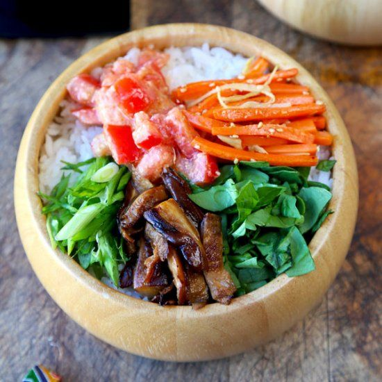 Vegetarian chirashi sushi chirashizushi vegetarian pinterest make your own vegetarian chirashi sushi at home with this simple and easy recipe skip on the fish and feast on this yummy bowl of flavored veggies forumfinder Choice Image