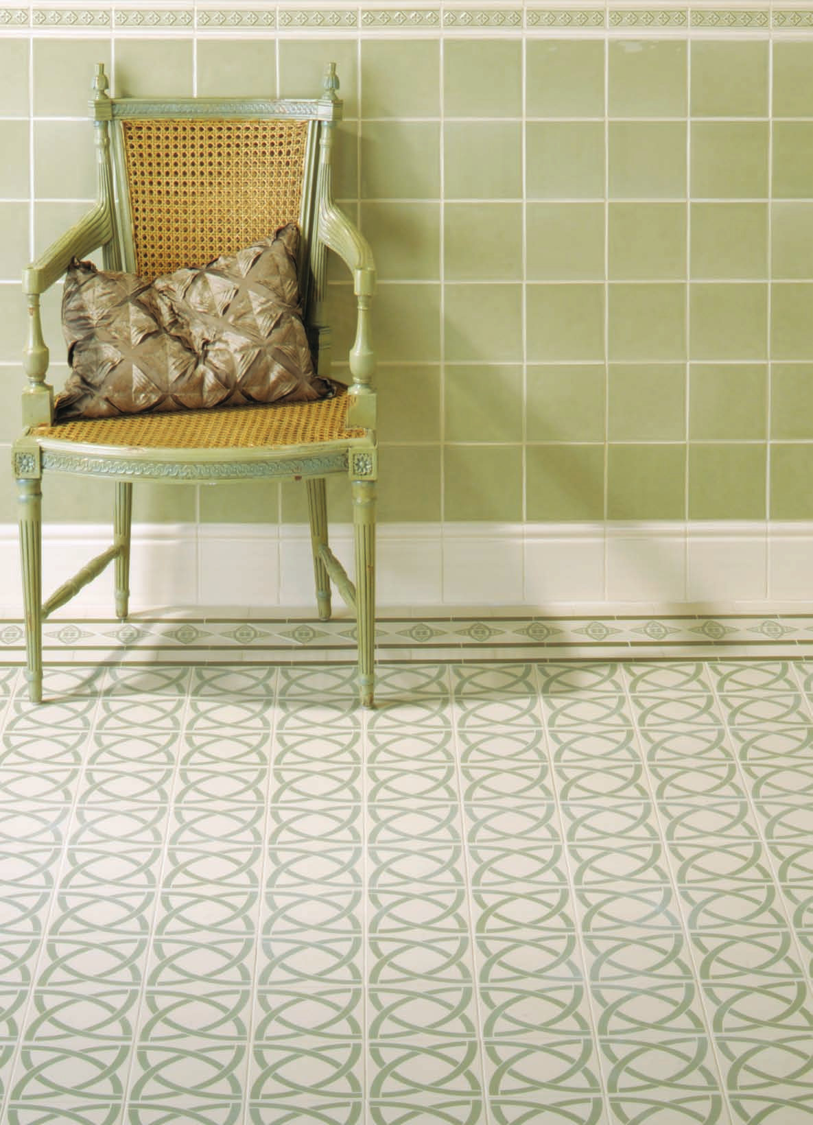 Victorian floor tiles dublin pattern with galway border in pale victorian floor tiles dublin pattern with galway border in pale green on white dailygadgetfo Images