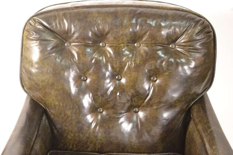 1stdibs.com | Pair Leather Club Chairs