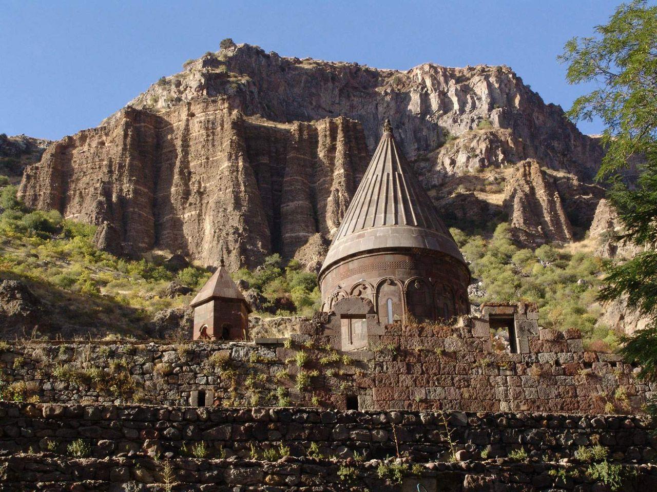 Resultados da Pesquisa de imagens do Google para http://www.autocarhire.com/images/countries/armenia_yerevan_14_5.jpg