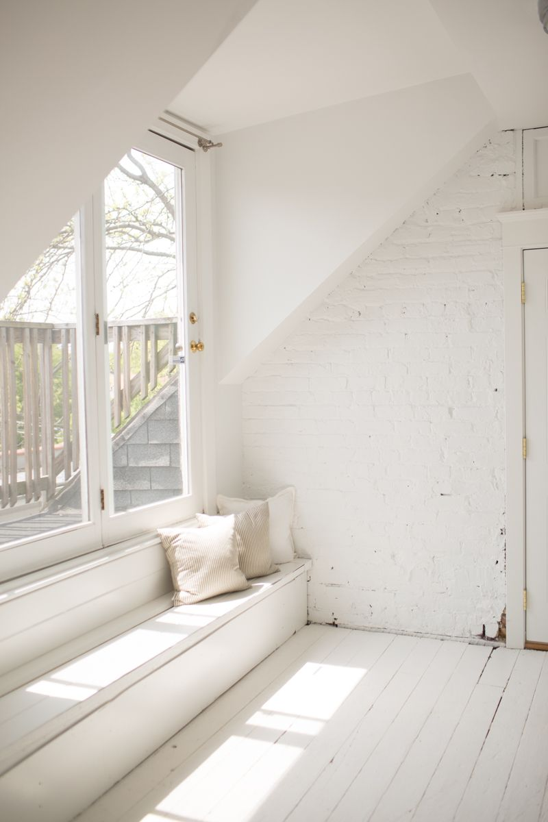 Co-founder Danielle Moss\'s Scandinavian-Inspired Apartment ...