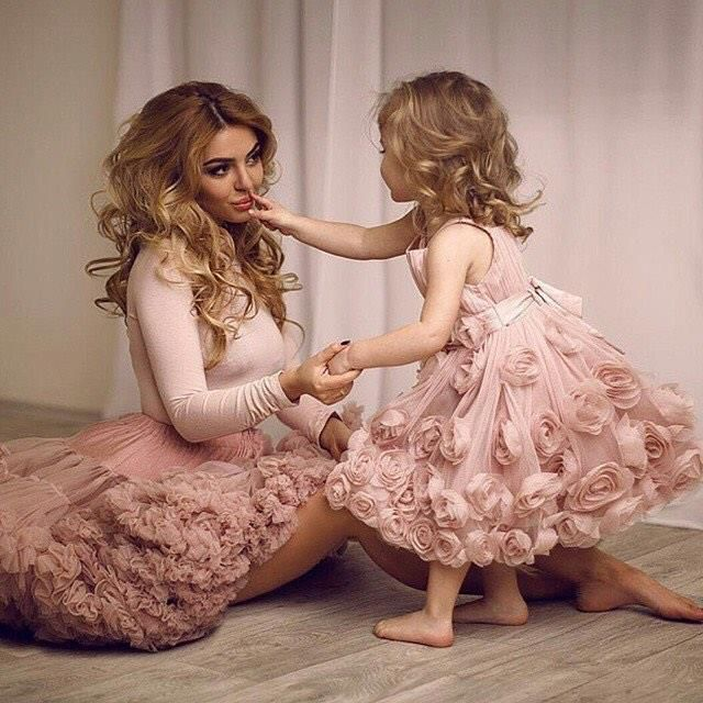 like mother like daughter - Căutare Google. like mother like daughter -  Căutare Google Flower Girl Dresses c2ded2835beb