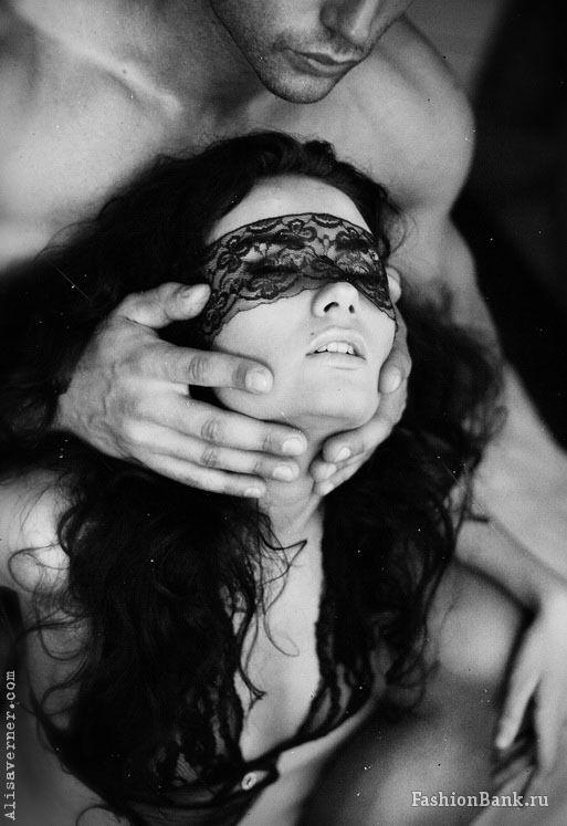 Черно-белые старые эротические фото порно фото парень