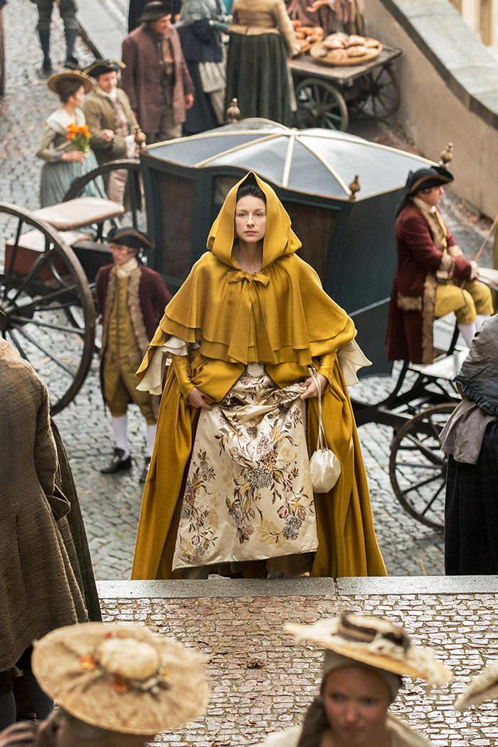 Outlander claire yellow dress