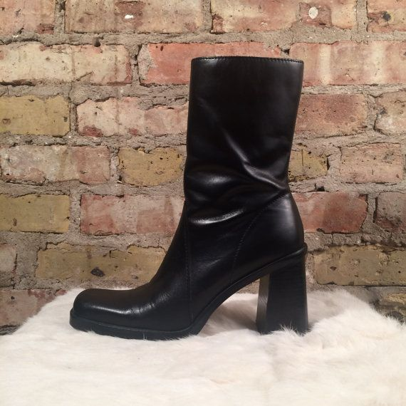 sticks & stones chunky 90s mid calf boot / 8.5 - 39 / square toe chelsea