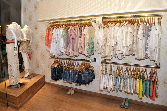 decoraç u00e3o loja roupas decoraç u00e3o em 2019 Loja de roupa, Lojas de roupas femininas e Decoraç u00e3o  -> Decoracao Para Loja Feminina Pequena