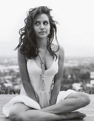 She was wonderful, beautiful, and funny...RIP Brittany Murphy. - (b 11/10/1977 Atlanta, Georgia - died at the young age of 32 - 12/20/2009
