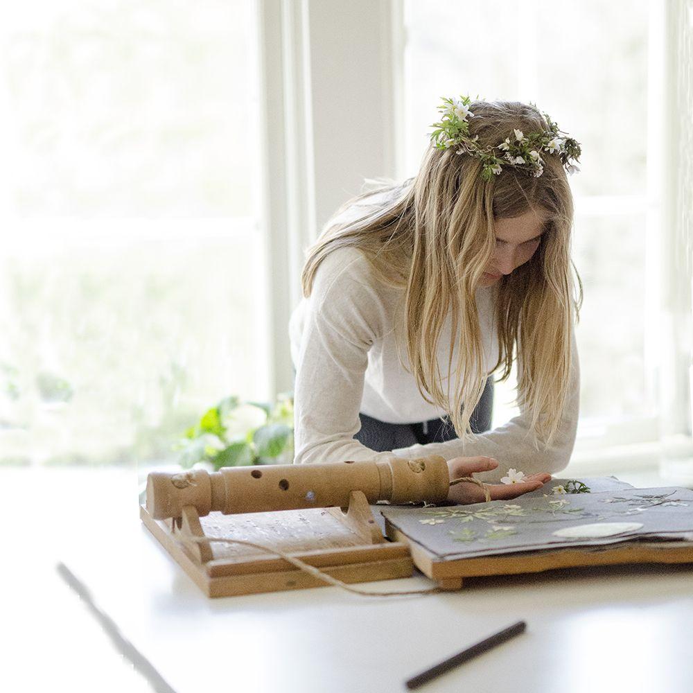Pressing Flowers | Vintage Flower Press | Flower Crown | willowday