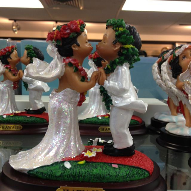 Hawaiian Themed Wedding Cake Topper Wedding Pinterest Themed