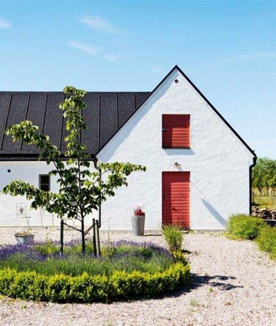 Vintage Scandinavian House With Shabby Chic Digsdigs Modern Farmhouse Exterior Farmhouse Exterior House Exterior