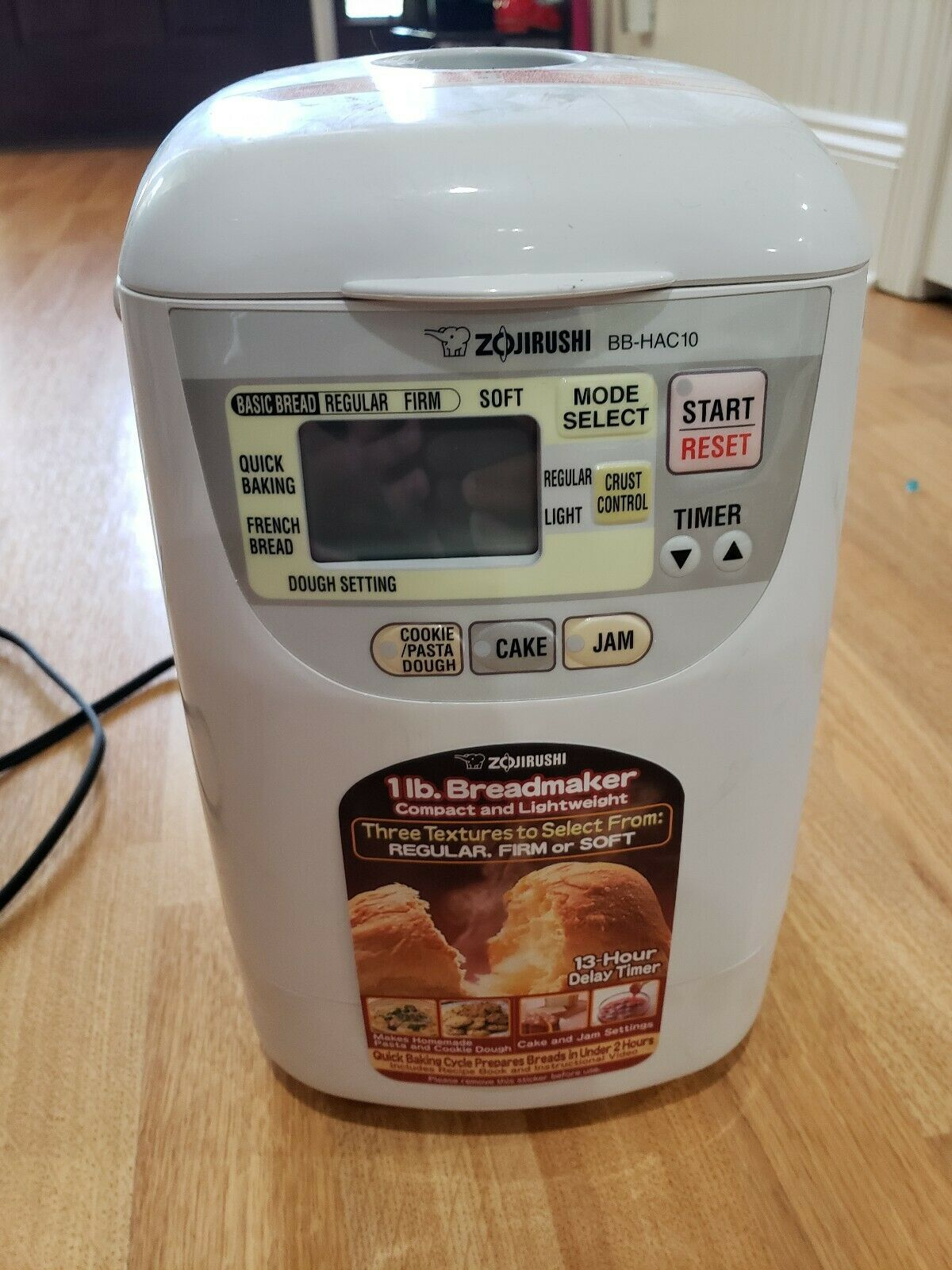 Zojirushi Home Bakery Mini Bb Hac10 Bread Machine Bread Machine