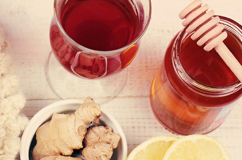 4 ways to soothe a sore throat eat healthy drinks for