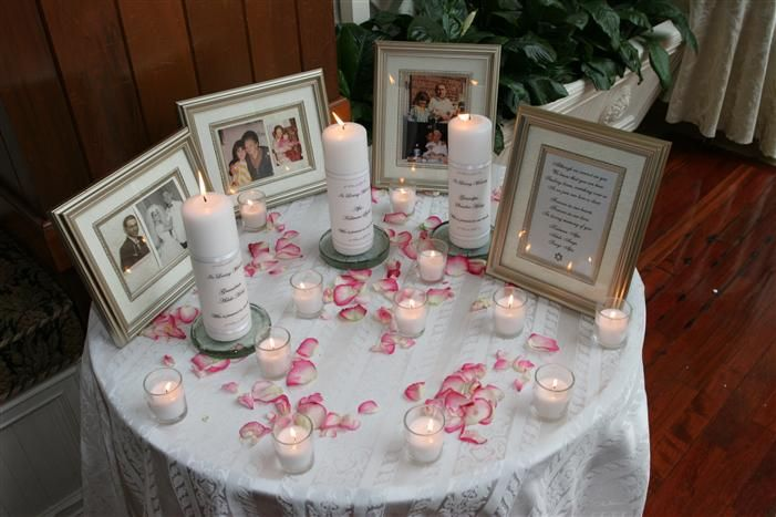 memorial table idea beautiful and simple