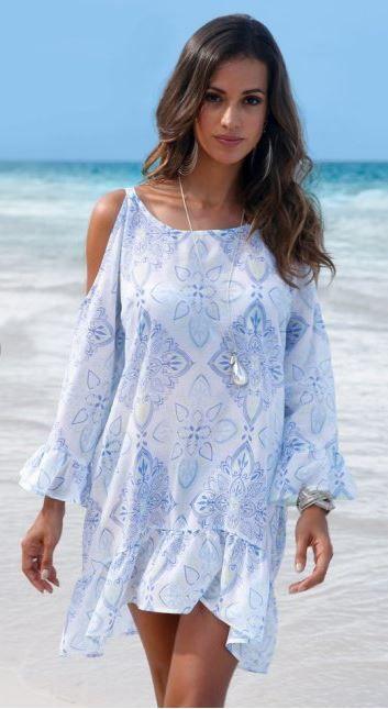 Robe de plage bleu et blanc