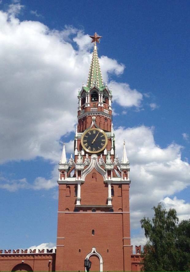 За это время специалистами научно-исследовательского института часовой промышленности механизм часов был полностью разобран и отреставрирован, а старые детали заменены.