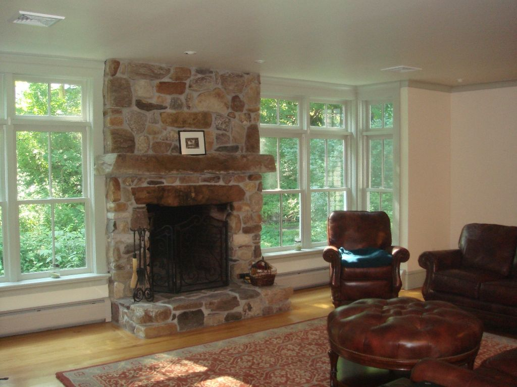 Tennessee Fieldstone Fireplace : Fieldstone stone fireplace living