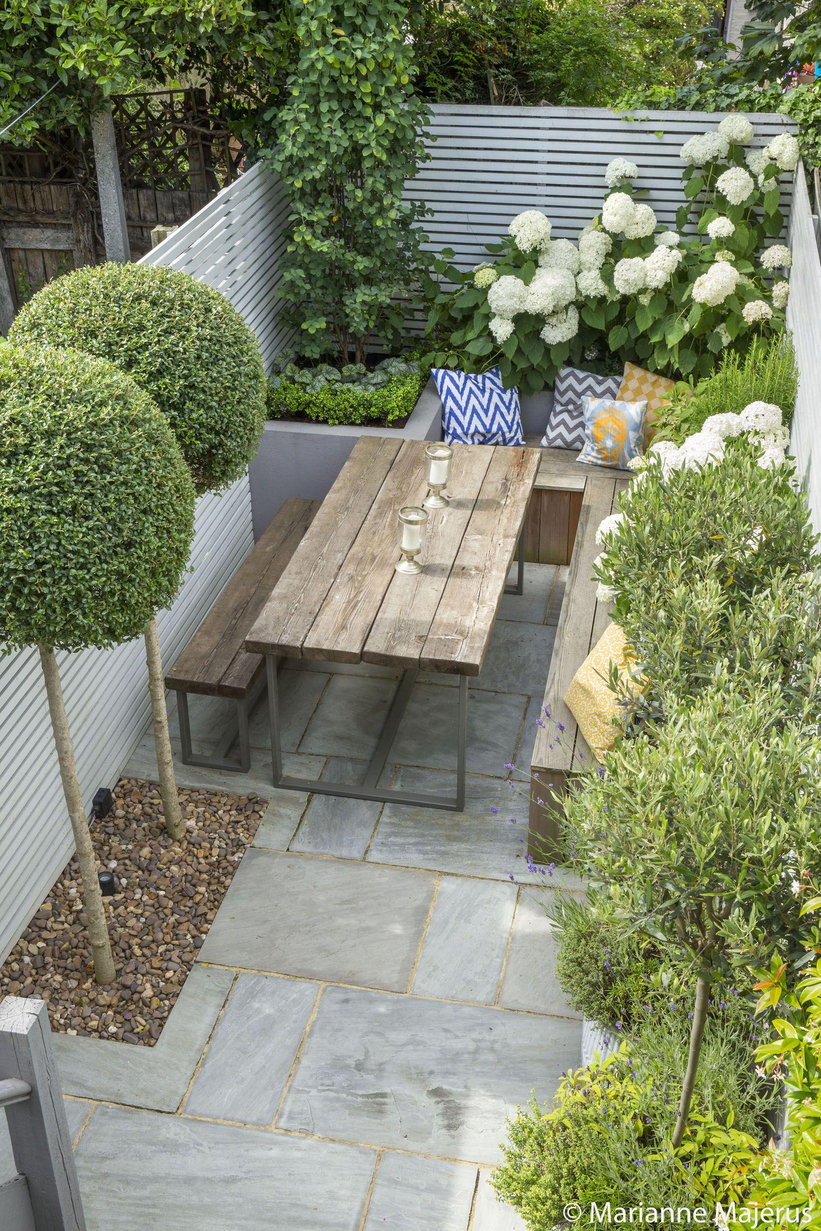 fulham slim subtle garden design london garden