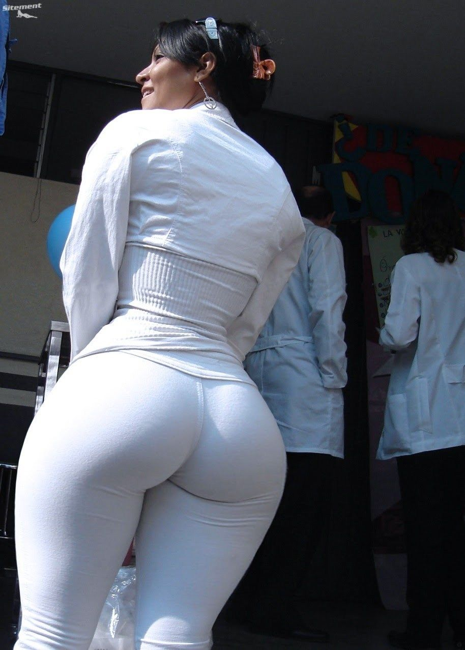 Round asses in tight jeans