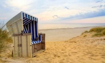 strandkorb an der nordsee gebiet nordeuropa kreuzfahrt beach chair. Black Bedroom Furniture Sets. Home Design Ideas