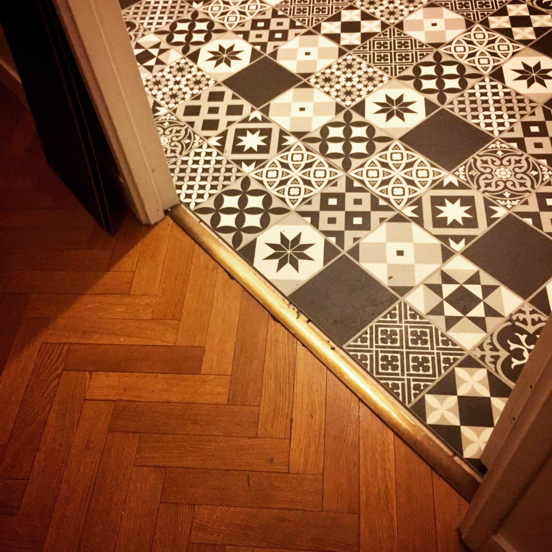 leroy merlin en espagne fabulous leroy merlin with leroy merlin en espagne meubles salle de. Black Bedroom Furniture Sets. Home Design Ideas