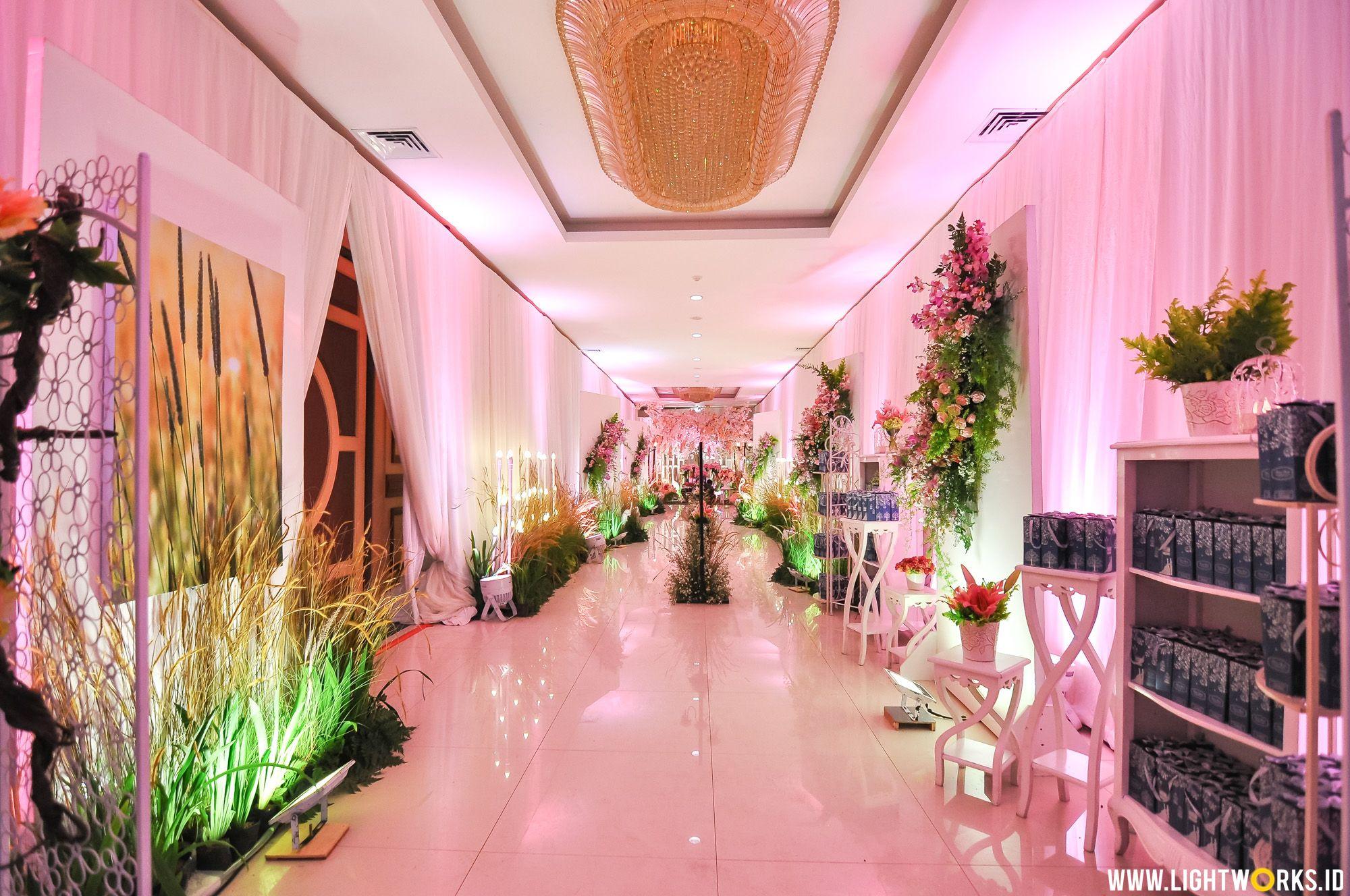 Asa and Mahesa\' wedding reception   Venue at Ijen Suites Resorts and ...
