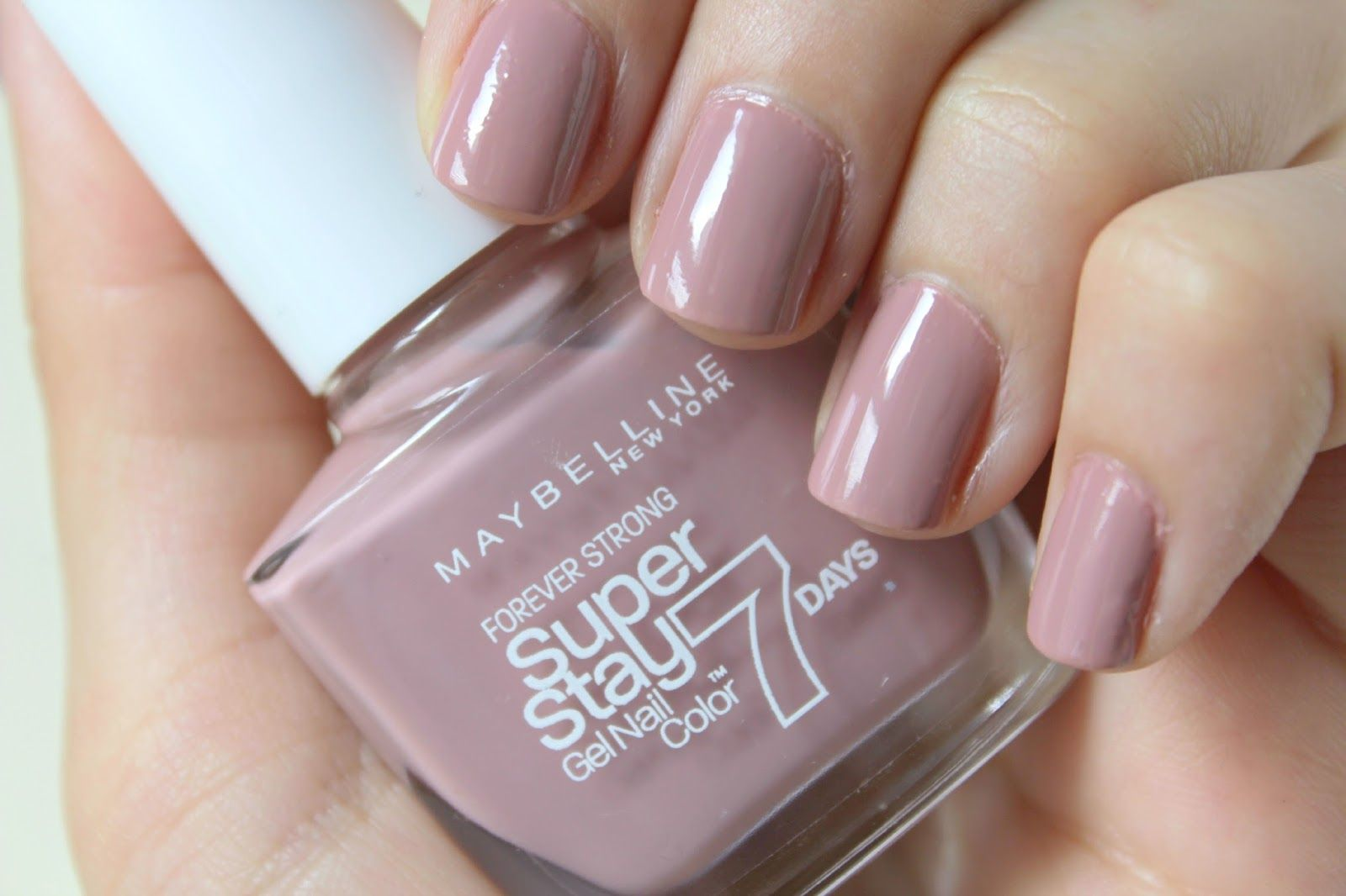 Beauty and the Chic: Maybelline SuperStay 7 Day Gel Nail Polish ...