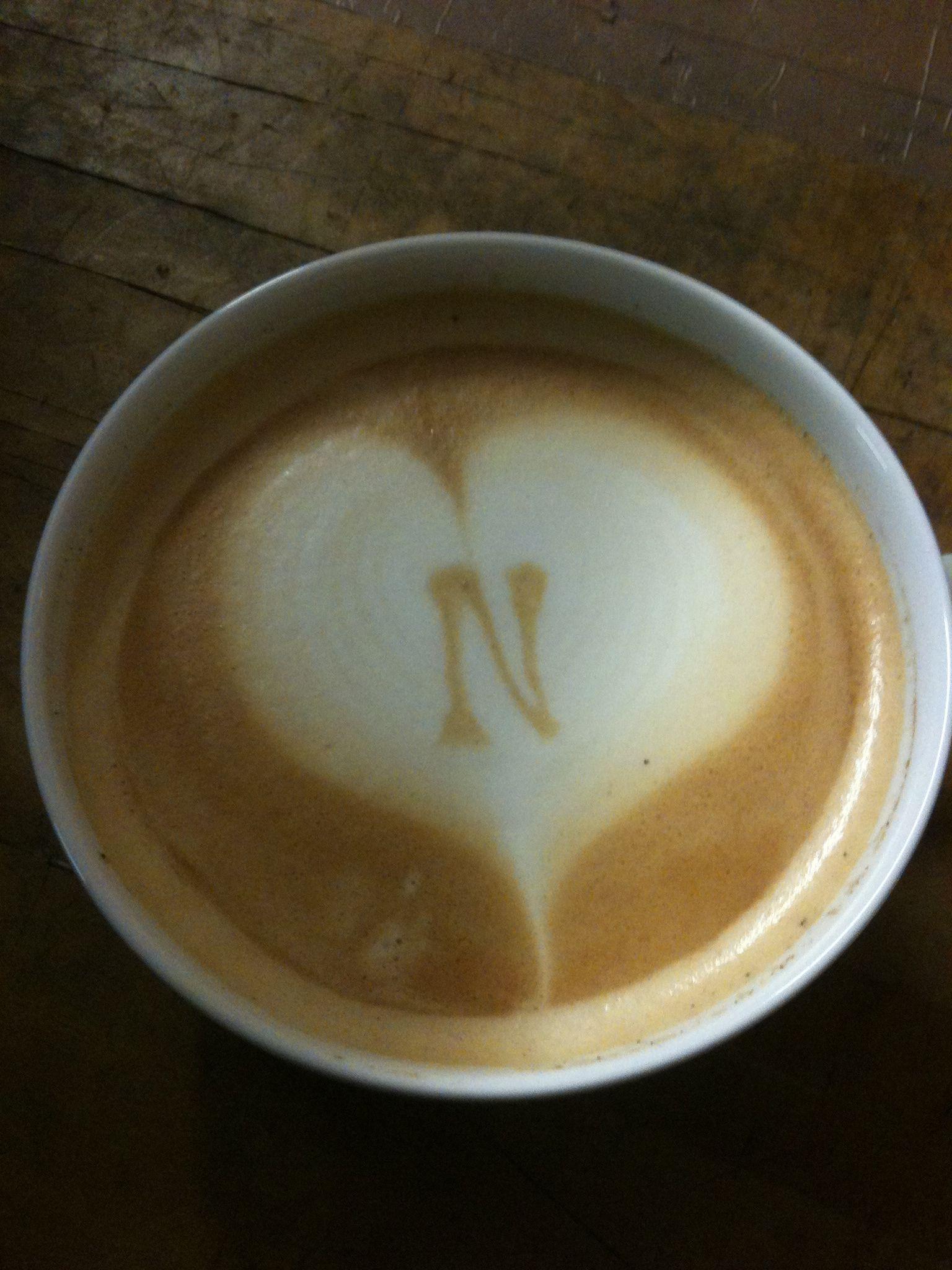 Ein Herz für Napoli! Latte - Art für den FC Napoli!  Powered by www.CorlitoCaffe.de  Barista: Angelo Corlito