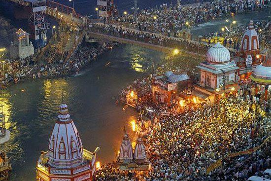 Spiritual Discovery in India with the Maha Kumbh Mela.