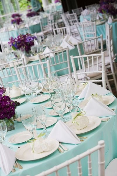 Love the Tiffany blue wedding table setting and the ivory accents this is how I want & 46 Charming Beach Wedding Table Settings | Tiffany blue weddings ...