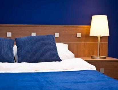 Slaapkamer Blauw Verven : Verf je slaapkamer blauw kleurmengen en kleurmeten