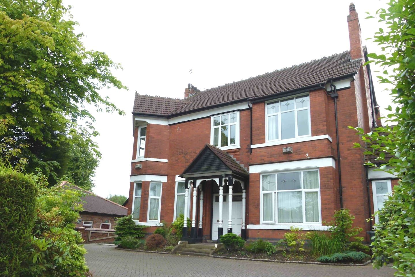 Stunning 2 Beds Ground Floor Flat Manchester Wifi Apartments For Rent In Swinton Victoria House Ground Floor Apartments For Rent