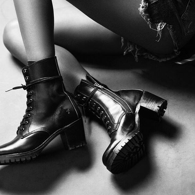 Sabrina Moto Lace Up Boots Frye Since 1863 Leather