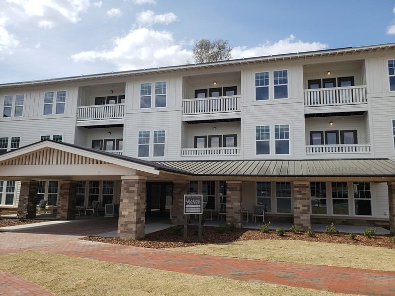 The Greens at Arboretum - Pinehurst, NC | Apartment Finder ...