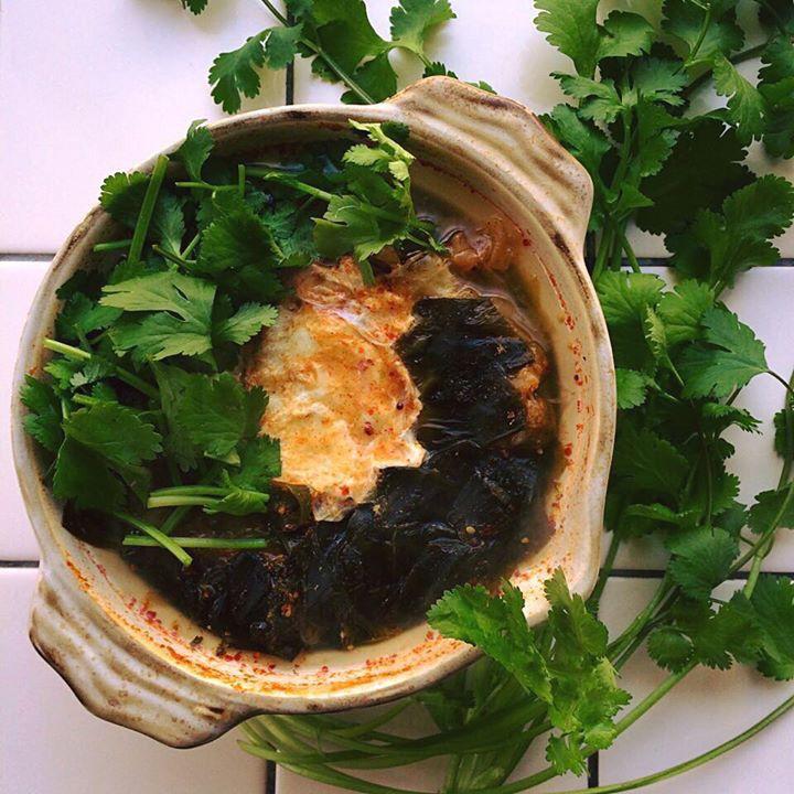 "Tom yum of cabbage, marine-plants""WAKAME"" and egg/キャベツ、ワカメ、たまご入りトムヤム"