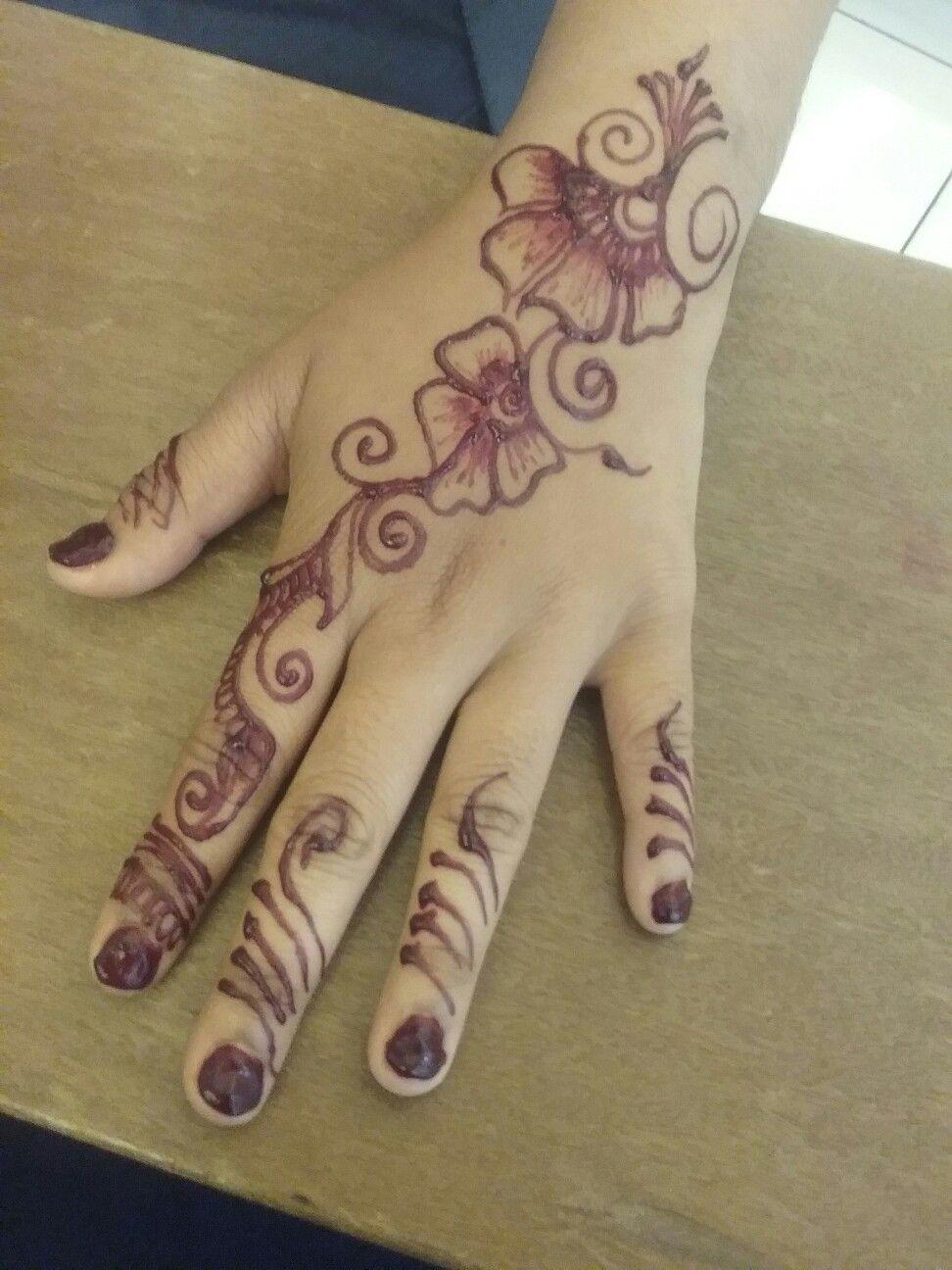 Henna Art By Inai Melingkar Malaysia Henna Art Henna Artist Henna