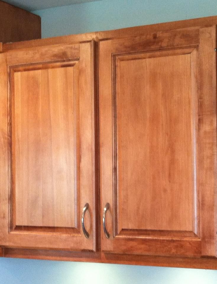 my newly refaced cabinets - thanks, Tracy! Kitchen remodeling