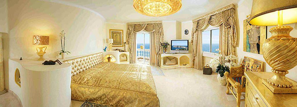 Luxury Villa with Stunning ultra Colani Futuristic Home
