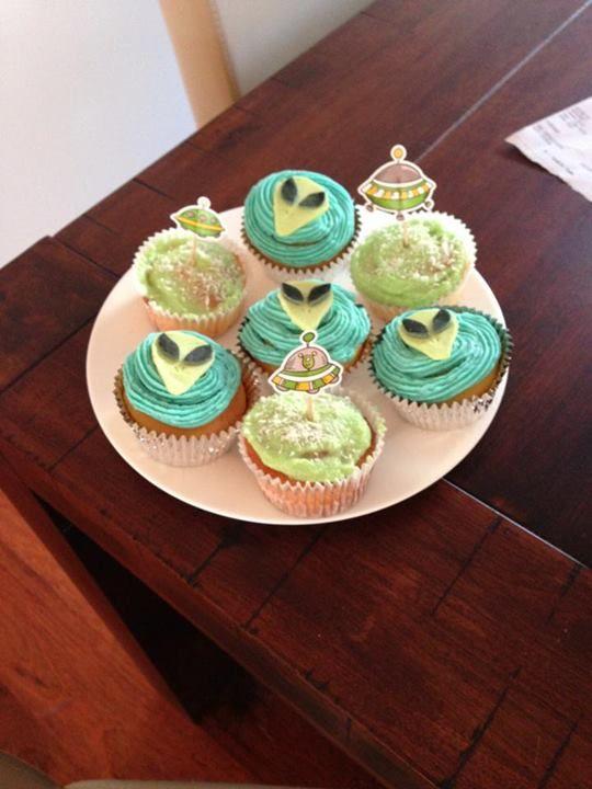 Sci-fi themed cupcakes. Nightmare