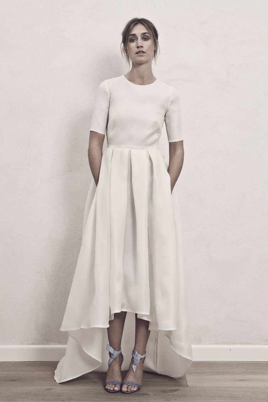 High Low Nordic Chic And Cool Wedding Dress With Pockets Carrie Bradshaw Would Wear This