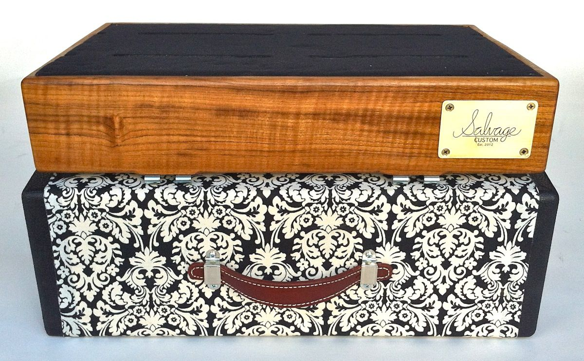 handmade wood pedal board with floral case projects pedalboard guitar pedals guitar. Black Bedroom Furniture Sets. Home Design Ideas