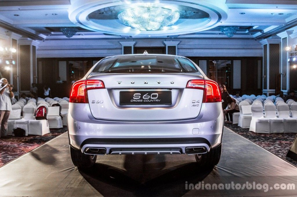 Volvo S60 Cross Country launched at INR 38.9 lakhs in