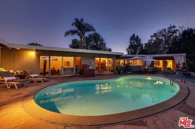 Well-Preserved Mid-Century Modern With Pool in Westchester Asking $849,000 - weekend open house - Curbed LA