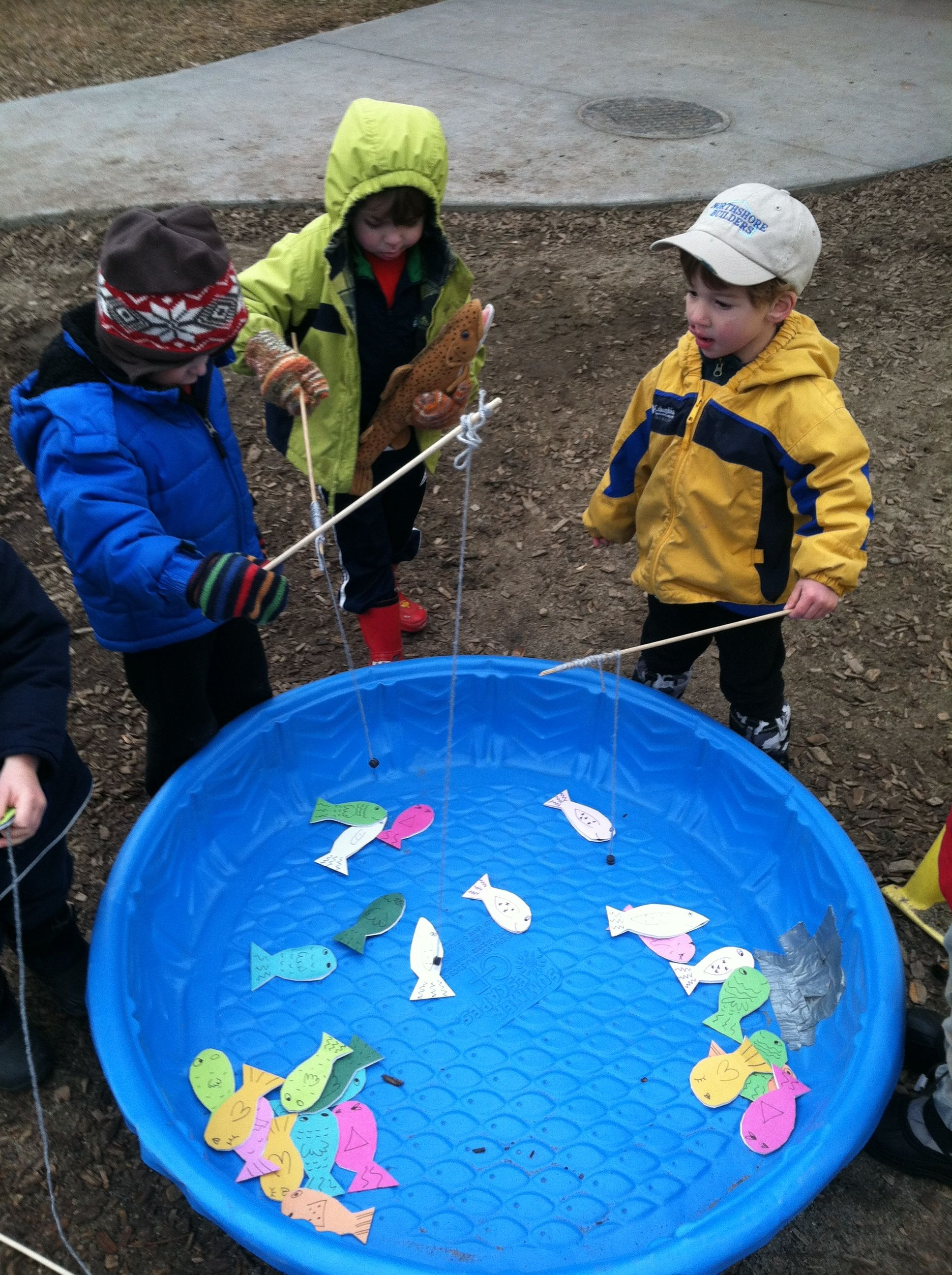 Diy paper fish with paper clips then fill a kiddy pool for Raising fish in a swimming pool