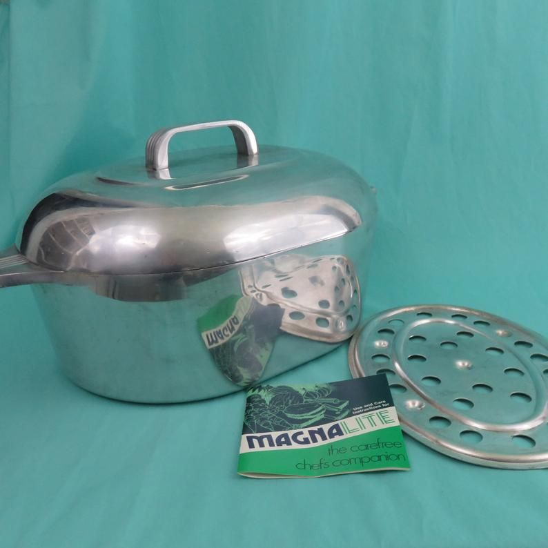 Wagner Ware 15 Oval Roaster W Lid And Trivet Magnalite Etsy Vintage Cookware Wagner Roaster